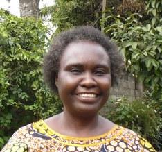 """Hélène A. , responsable de l'association Ban Ya Kivuvu, partenaire du Soutien alimentaire """"Maison de l'Espoir"""""""